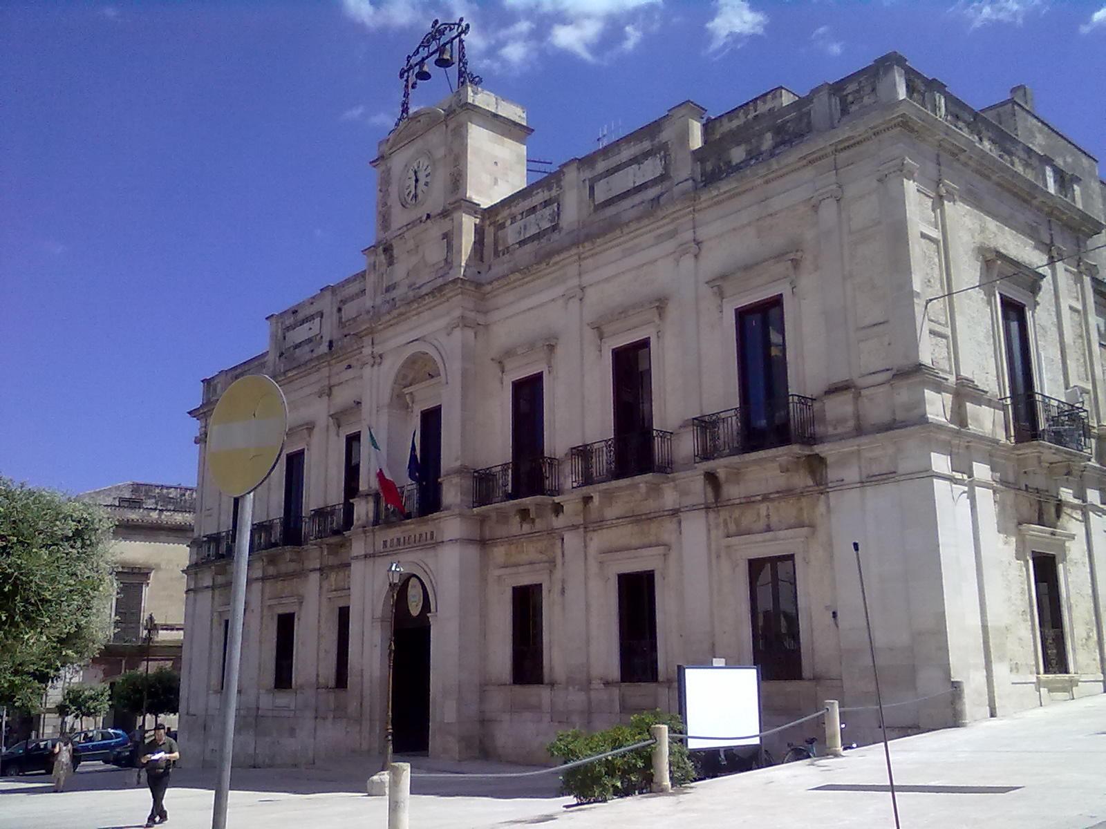 Arresti per tangenti, sospeso consiglio comunale a Gioia del Colle 10