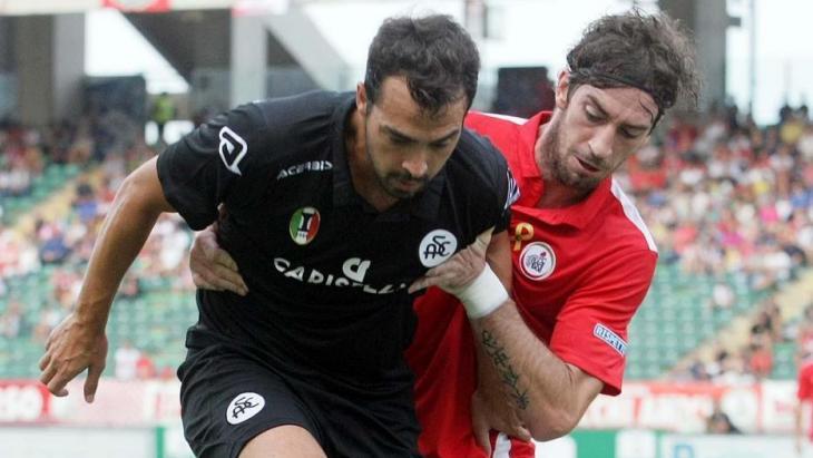 Bari-Spezia 4-3 nel posticipo, decide Maniero