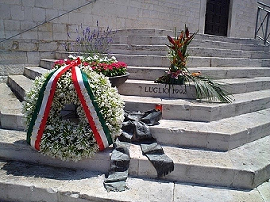 Carnicella, domani Molfetta ricorda il sindaco ucciso a colpi di fucile